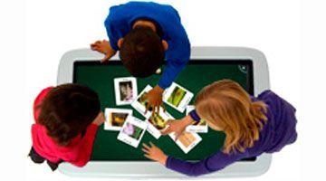Интерактивный стол SMART в работе