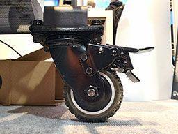 Защитный чехол HP Rugged Case. Усиленное колесо