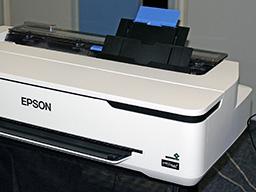 """Epson SureColor SC-T3100, T3100N. Вид справа на лоток"""""""