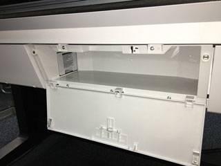 Отделение для хранения в корпусе Epson SureColor T5400