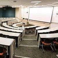 Проектор для конференц-залов медицинских учреждений