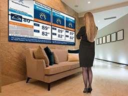 Видеостена 2 на 2 - информационное табло в коридоре офиса