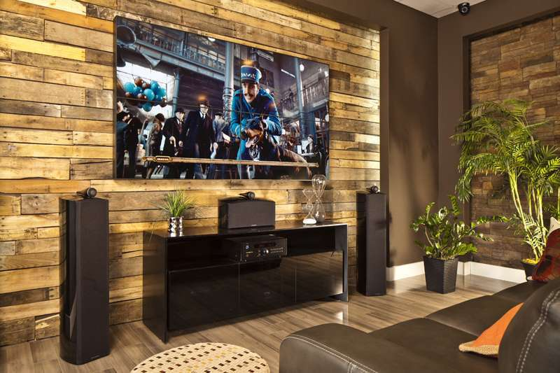 Видеостена 2 на 2 вместо большого телевизора дома